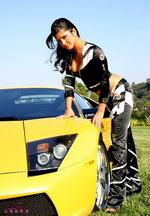 Sunny Leone Lamborgini