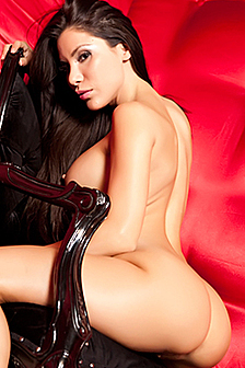 Sexy Nude Babe Aleksa Nicole