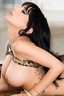 Busty Babe Lela Star