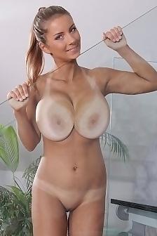 Katerina Hartlova Huge Boobies