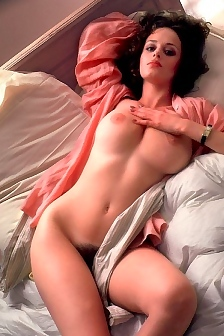 Julia Lyndon Retro Nude Pics