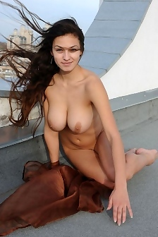 Busty Sofi Is Naked On The Rooftop
