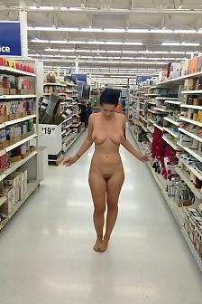 Katrina Jade Flashing Pussy Public