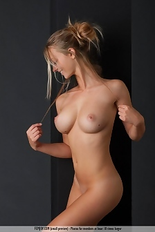 Busty Carisha Is Naked In The Studio