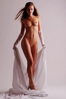 Masha Russia White
