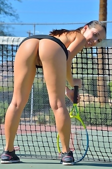 Jenna Play Tennis