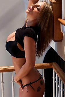 Nikki Top Model