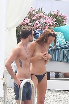 Dakota Johnson Topless On A Movie Set