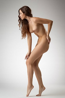 Naked Beautiful Girl Lee