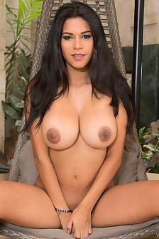 Nude Busty Latina Kendra Roll
