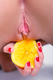 Tight Babe Ines Butterfly Pussy