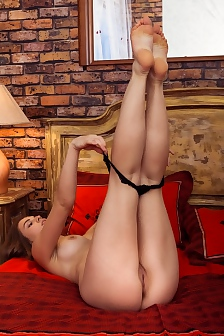 Beautiful Brunette Girl Bella Libre Spreads Her Legs