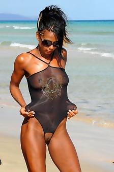 Ebony Girl Strips On The Beach