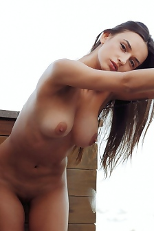Gloria Sol Nude On The Terrace
