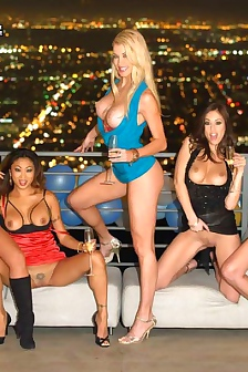 6 Sexy Babes Having One Crazy Party