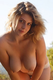 Madison Sage Shows Her Big Tits